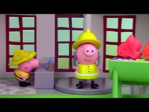Peppa Pig Caserne Camion Pompiers Fire Station Playset Engine Play Doh