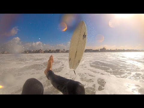 Surfing High Tide Bommies!
