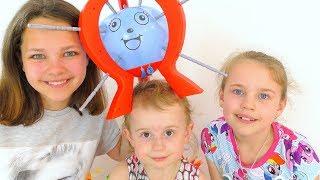 Ксюша, Настя и Алиса. Настольные игры. Шалун балун! Видео для детей! Играем вместе!