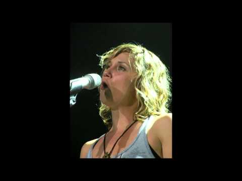 Jennifer Nettles Acoustic Evening  - Stay