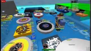 playing roblox beyblade-diablo nemesis