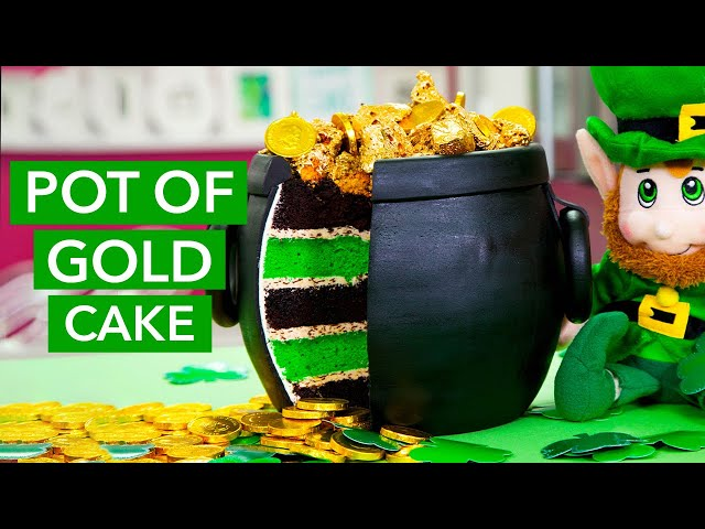 how-to-make-a-pot-of-gold-cake-overflowing-with-sponge-toffee-gold-nuggets-chocolate-coins