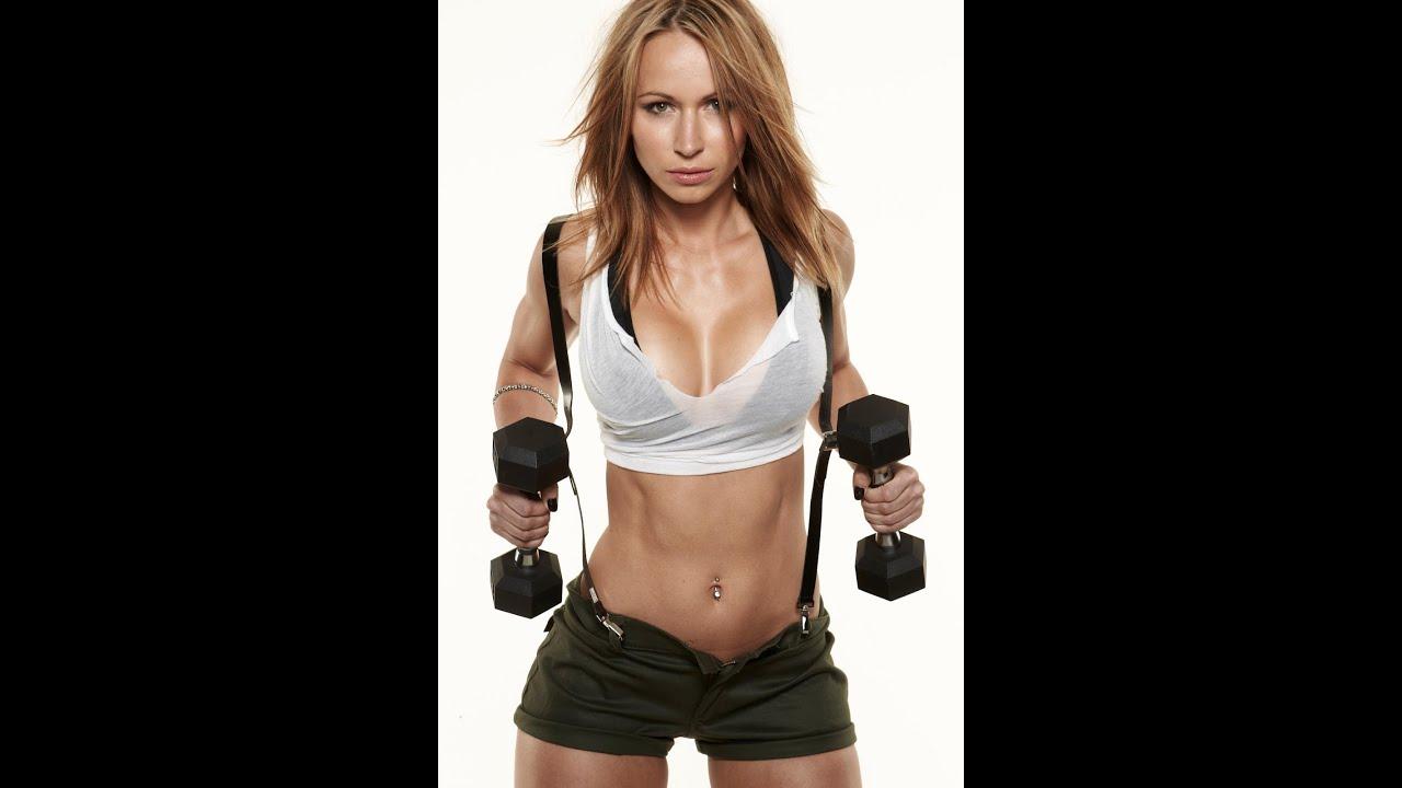 female fitness model sex