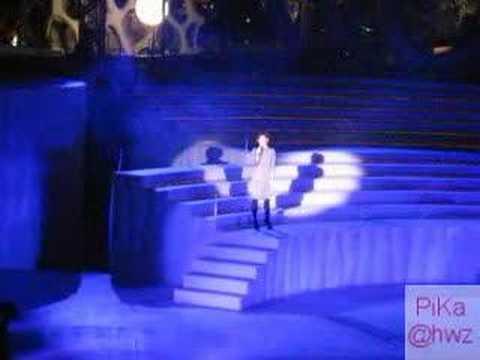 Sun YanZi at Vivocity 'Live' 1st Dec 06 - Yu Jian