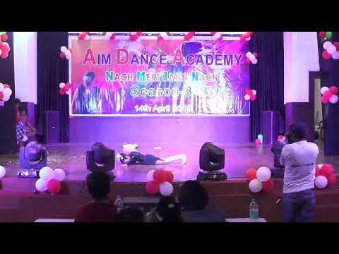 Hamari Adhuri Kahani Contemporary Dance
