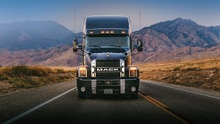 Mack Trucks V8 Sound