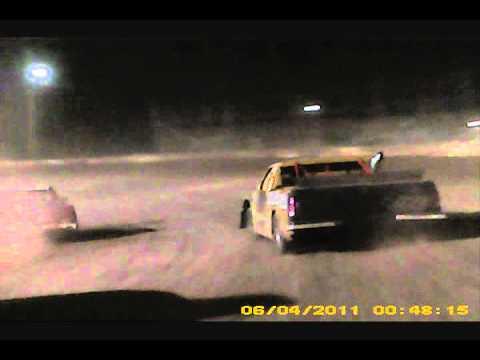 white sands speedway 5-21-11.wmv