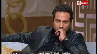 """بوضوح - أحمد فهمي هاتفياً يهنئ أخوه كريم فهمي على نجاح فيلم """"علي بابا"""" ويعلن عن مفاجأة لجمهوره"""
