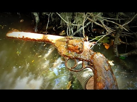 Thumbnail: Discovering A Gun In The River Along With Neat Bottles