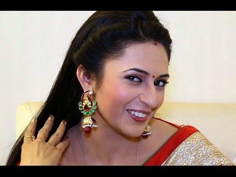Of yeh hai mohabbatein yanka tripathi is super happy youtube