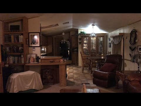 House has a mind of its own - Paranormal live stream