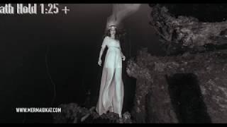 Breath Hold during Underwater Fashion Shoot