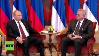 Serbia: Putin warmly tells Nikolic