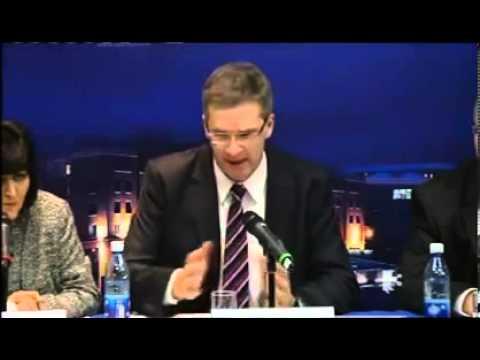 Banker left Speechless by Irish Journalist.