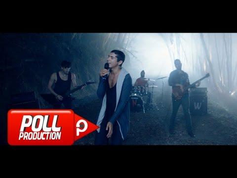 maNga - Işıkları Söndürseler Bile ( Official Video )