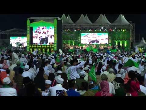 Habib Syech BANYUWANGI BERSHOLAWAT 2016... Ya hanana