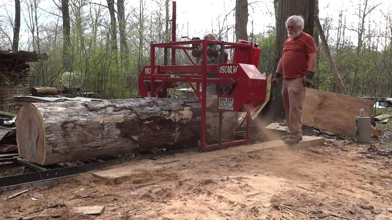 Milling lumber big oak log hudson bandsaw mill youtube for Hudson log