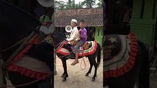 Pawai ta'aruf khotmil Qur'an TPQ Miftahul Huda kuwayuhan kebumen 2018..