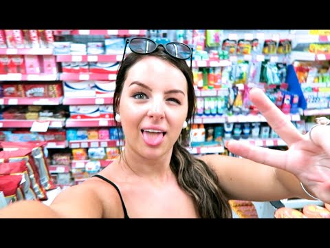 DRUNK AND SWEATY IN BALI!! Brittney Does Bali Vlog #3