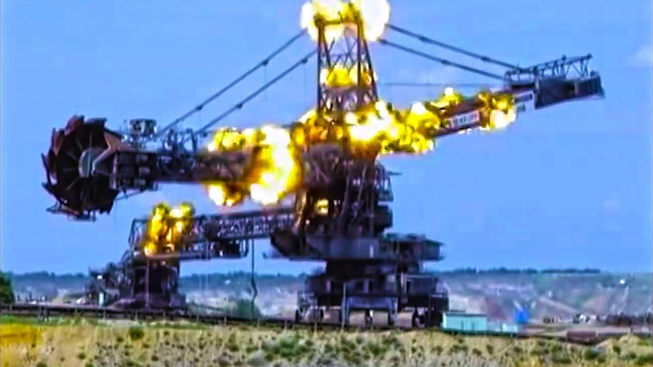 Giant Bucket Wheel Excavator Gets Blown Up In Spectacular Demolition Youtube