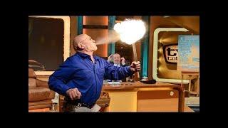 Überlebenskünstler Rüdiger Nehberg macht Feuer - TV total
