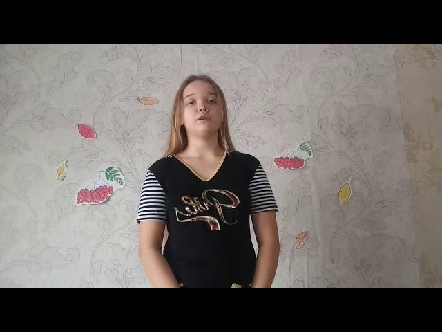 Изображение предпросмотра прочтения – ВикторияУльзуева читает произведение «Отговорила роща золотая» С.А.Есенина