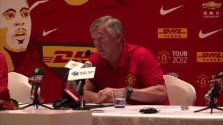Manchester United's Fergie looking for new players