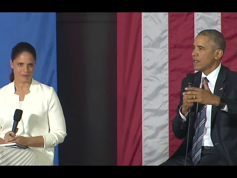 The President Speaks at an Entrepreneurs Event in Cuba