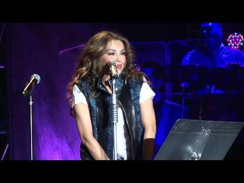 Thalia Viva Tour New York - Pedro Capo - Estoy enamorado