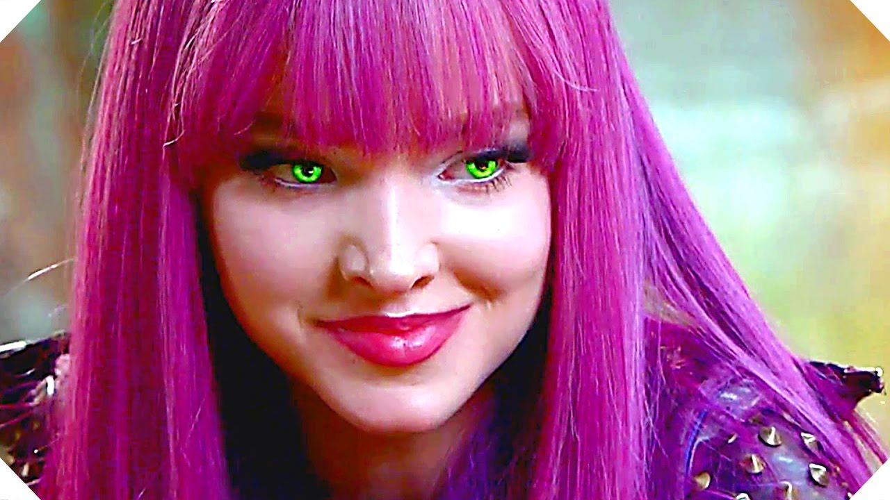 Descendants 2 Quot Uma Versus Mal Battle Quot Clip 2017