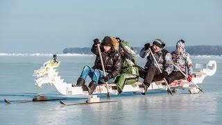 Жители Владивостока покоряют замерзшее море на драконах