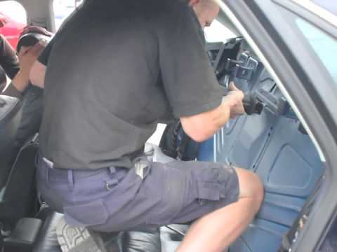How to get the keys out when locked in the boot of an Audi A4 - YouTube