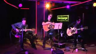 Queens Of The Stone Age - Why'd You Only Call Me When You're High ? (BBC Radio 1 Live Lounge)