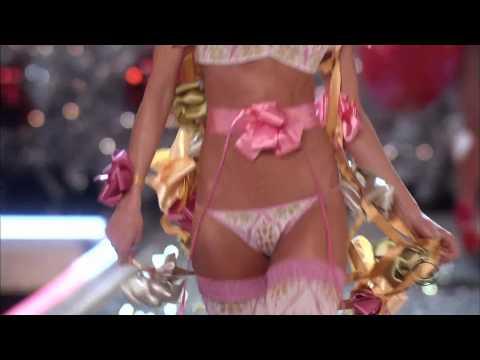 Seal - Amazing Victoria's Secret 2007 Sixth Walk HD 1080p