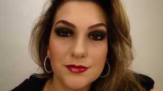 Maquiagem com sombra preta e batom vermelho por Alice Salazar - Parte 2
