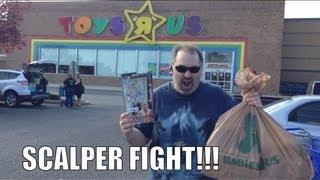WWE ACTION INSIDER: Epic ToysRus SCALPER WAR wrestling figure aisle! Mattel elites basic figures