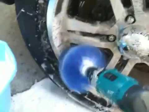 Drill wheel cleaner