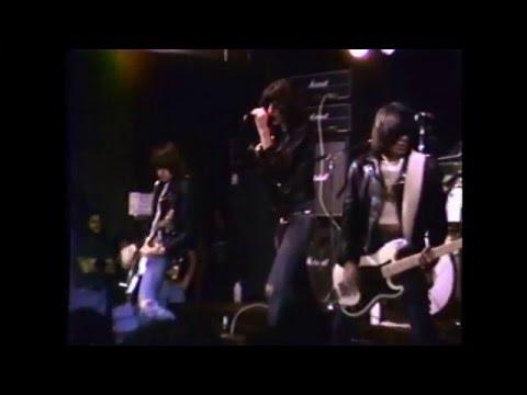 Ramones- Live CBGB's 6-11-1977 (PART 1)