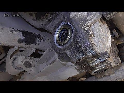 Замена сальника привода заднего редуктора Hyundai Tucson