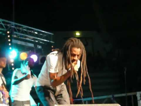 Jah Cure - Love Is The Solution (Live@Madinina)