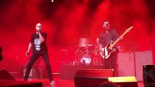Midnight Oil - Gunbarrel Highway (live)