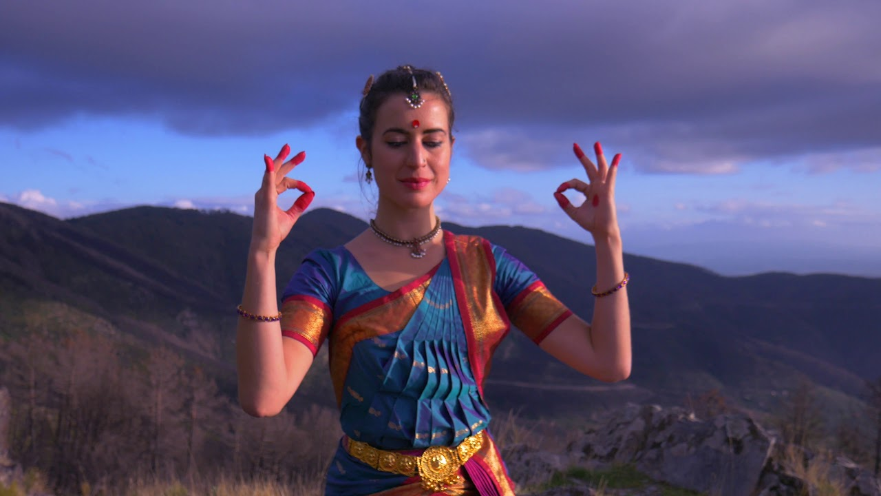 Krishna in Monte Serra Bharatanatyam Giulia Marchetti
