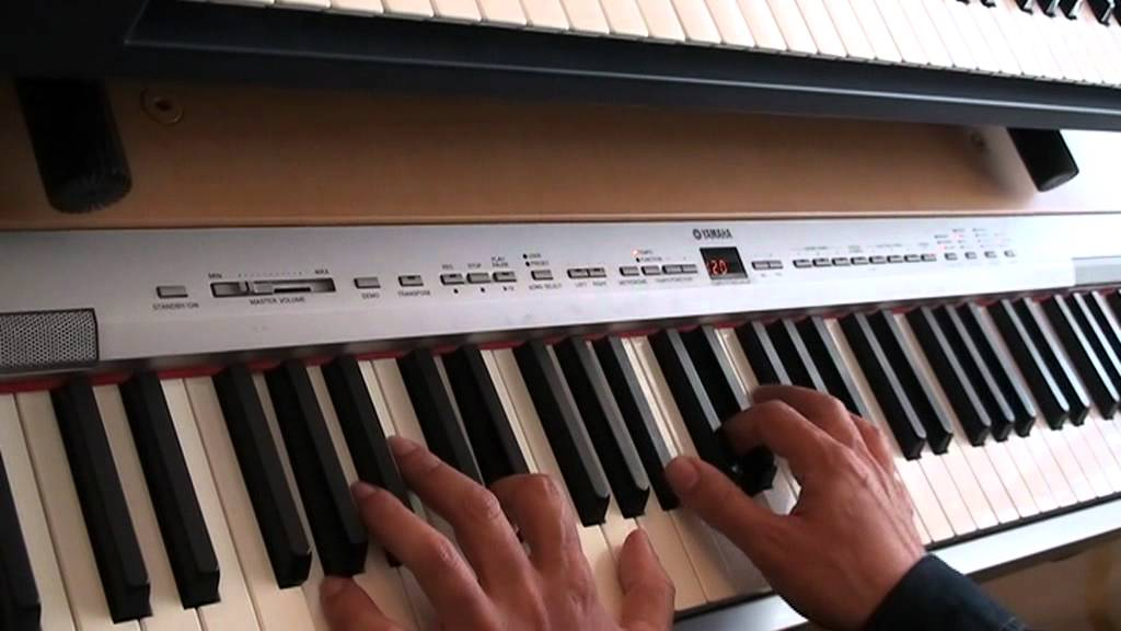 Yamaha P 140 demo - YouTube