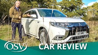 Mitsubishi Outlander Petrol 2019 - How does it fare against the PHEV equivalent
