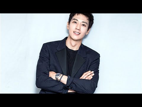 Facts About Kim Rae-won's Wife and Wedding! from YouTube · Duration:  5 minutes 26 seconds