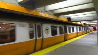MBTA - Orange Line @ Wellington