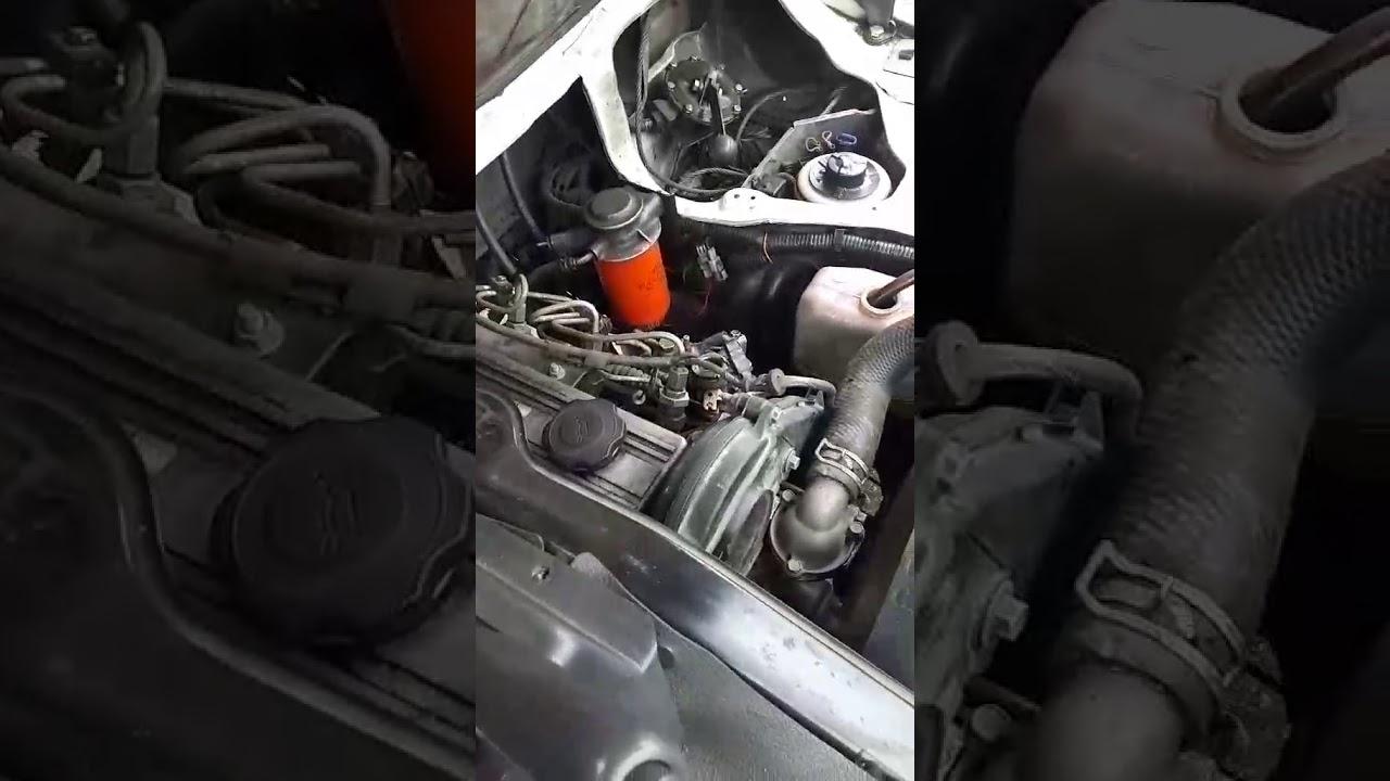 Mazda bongo brawny R2 - YouTube