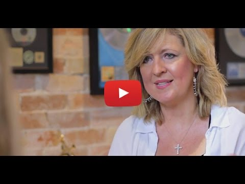 Darlene Zschech - Journey Through Cancer Pt 2: Facing her ...