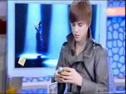 Youtube Justin Bieber Solve The Rubiks Cube In 1 Minute And 30