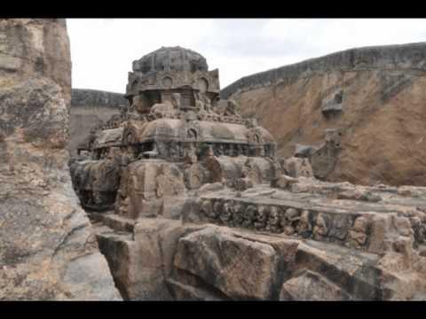 Kazhugumalai Jain Sculptures & Cave Temple